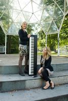 Acoustic Ladies 1c muziek tent