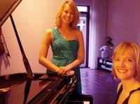 Acoustic Ladies 2a